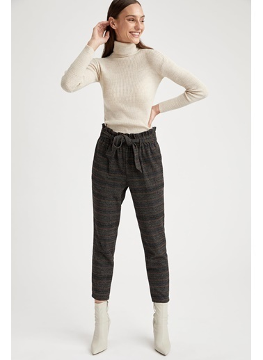 DeFacto Havuç Pantolon Siyah